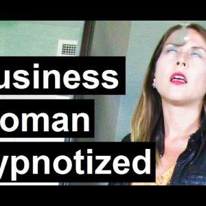 Lady in trance 34 Emily Hypnotized
