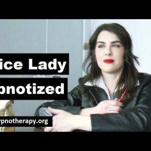 Lady in trance 36 Jennifer Hypnotized